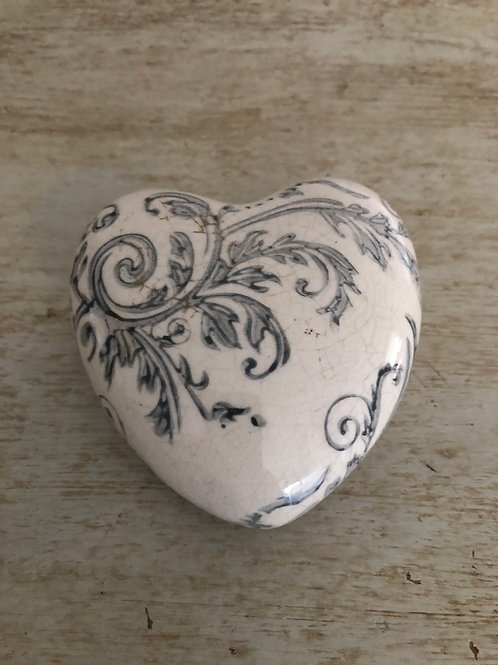 distressed ceramic floral heart 8.5cm crackled finish ornament home decor