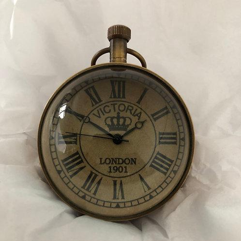 "brass magnified clock 2"""