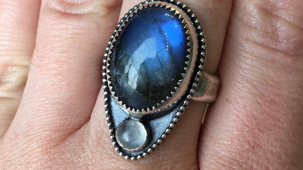 Labradorite & Moonstone Set in sterling - size 8