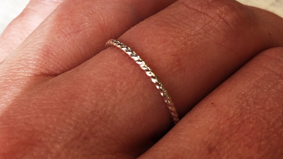 1.5 sterling twist band
