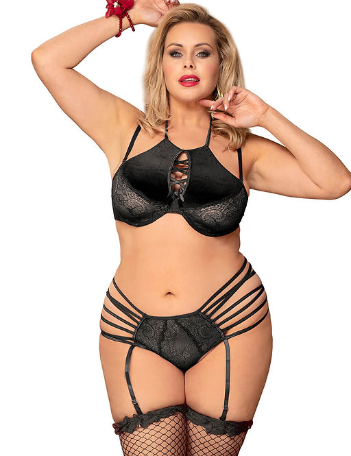 Sexy strappy black plus size lingerie set
