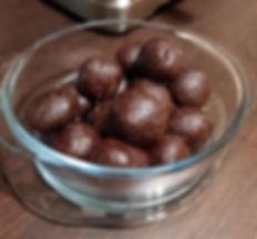 Peanut butter energy balls.jpg