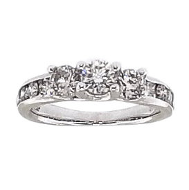 three stone engagment Ring