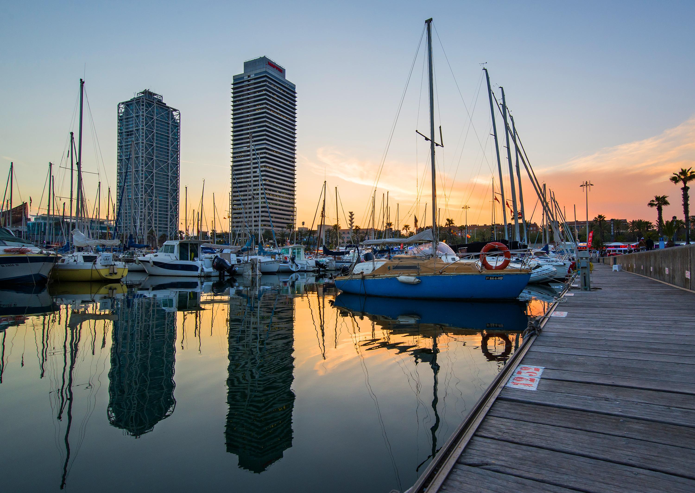 Puerto marítimo de Barcelona