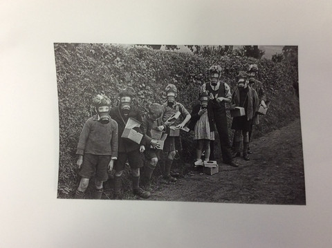 We are History Detectives! - Class Oak