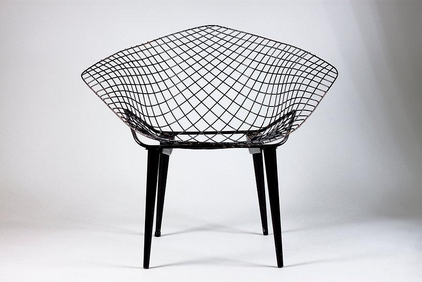 Rare Model of Diamond Chair by Harry Bertoia
