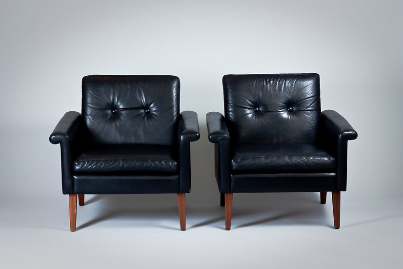 Pair of Scandinavian 1960s Black Leather Armchairs