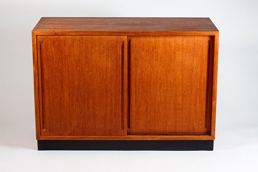 Mid-Century Modern Cabinet by Carl-Gustaf Hiort af Ornäs, HMN