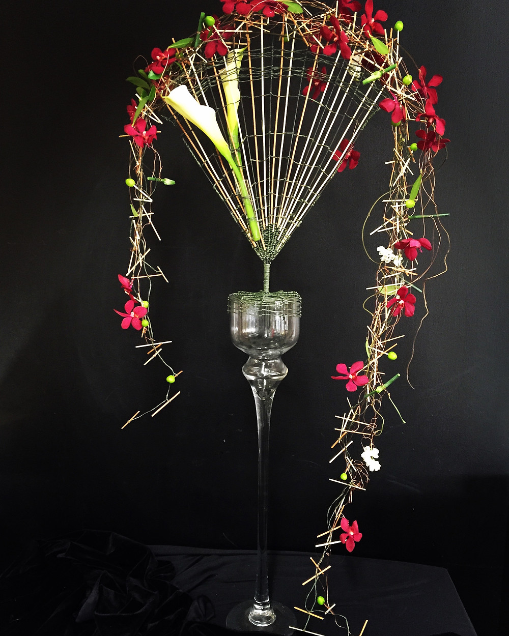 Wire Woven Fan with Orchid Garland and Focal Flower Calla Lilies