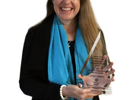 Linda receives esteemed Floristry Award for Creative Innovation & Initiative