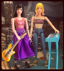 Punky & Mia ready to rock 🤘🏻 🎸.jpg