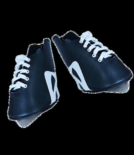 """16"""" Black Hockey Skates"""