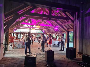 Orchestre au lavoir du Village de Sully