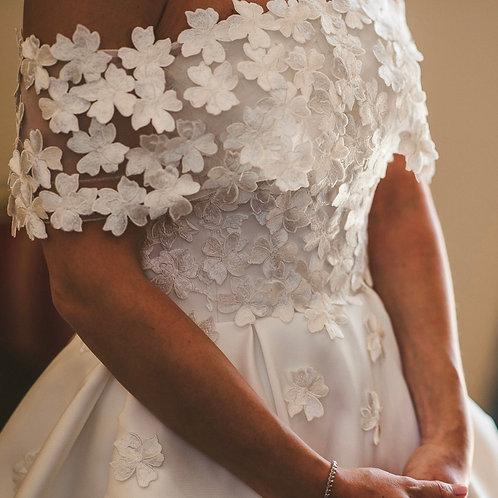 White blossom floral cuff