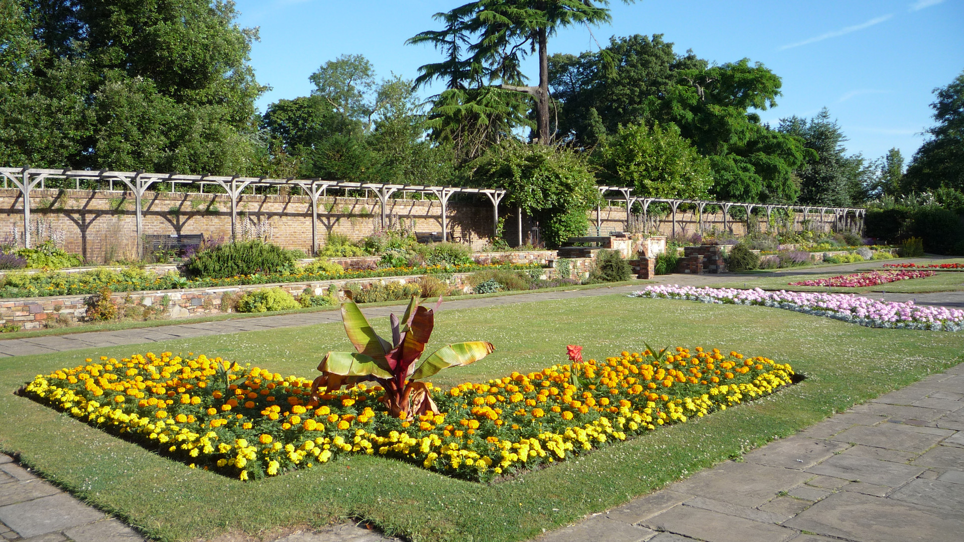 Prittlewell Priory Gardens