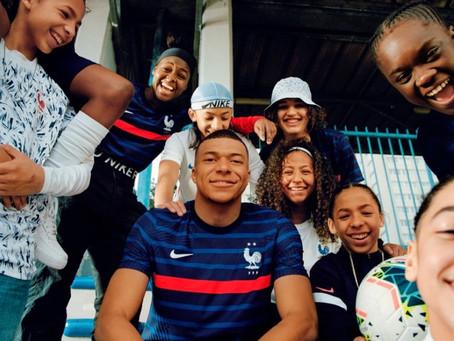 Repost : Zoom sur le nouveau Maillot de L'équipe de France de Football FFF 2020.