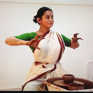 Lives of Clay by Vidya Thirunarayan