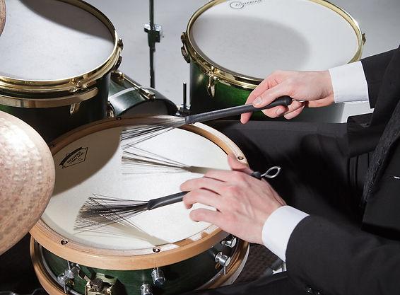 zack albetta, aquarian drumheads, vater drumsticks, ufip cymbals