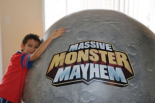 Moon Ball Massive Monster Mayhem_zpskgis