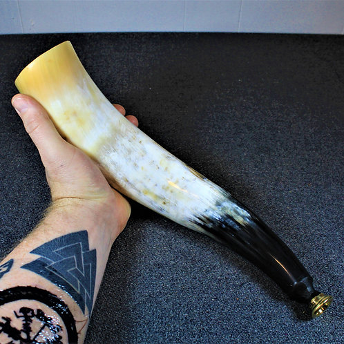 Blowing horn, regular size, traditional mouthpiece