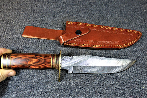Damascus bowie kinfe, wood handle, with leather sheath