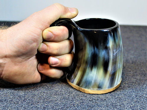 Small drinking horn mug, stout and lovely