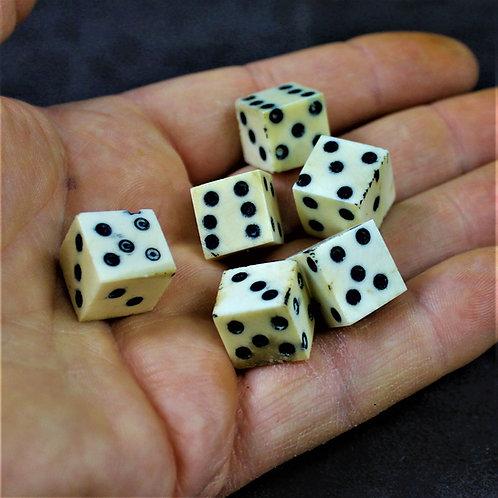 Bone dice, set of 6