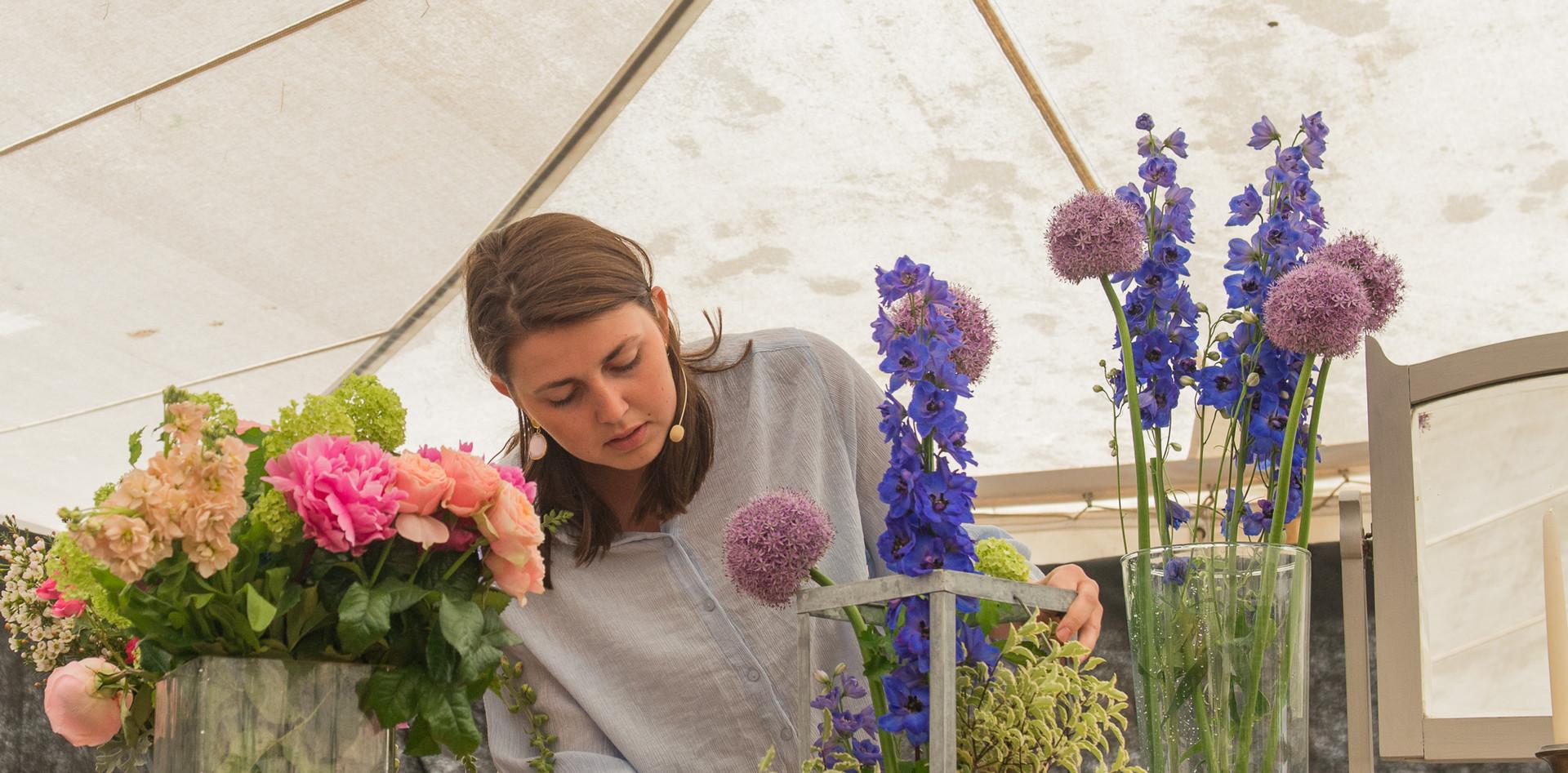 2019 Floral Copyright Suzanne McFadzean