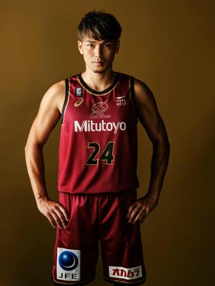 #24 大塚 裕土選手