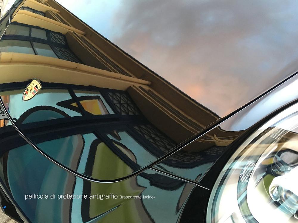 la pellicola antigraffio applicata su questa vettura, protegge da graffi e scalfitture.