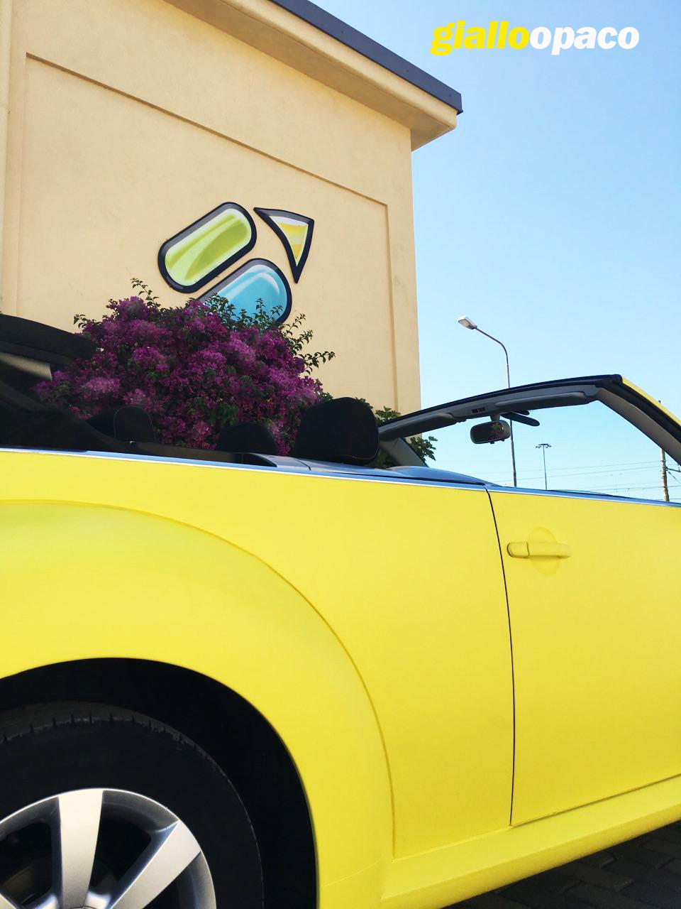 rivestimento integrale (car wrap) con pellicola giallo opaco