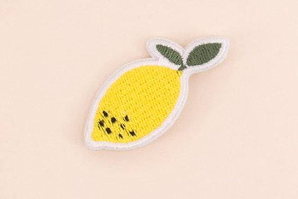 Broche brodée - Citron