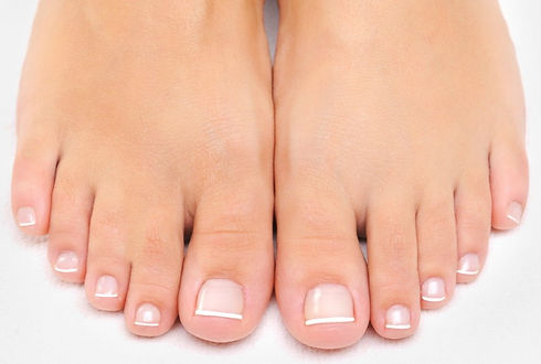 femaletoes_edited.jpg