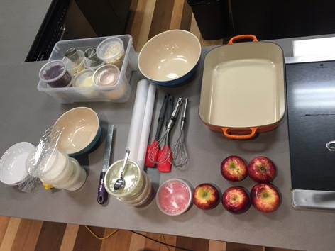 Ingrédients pour la préparation du granola aux canneberges et aux graines de citrouilles