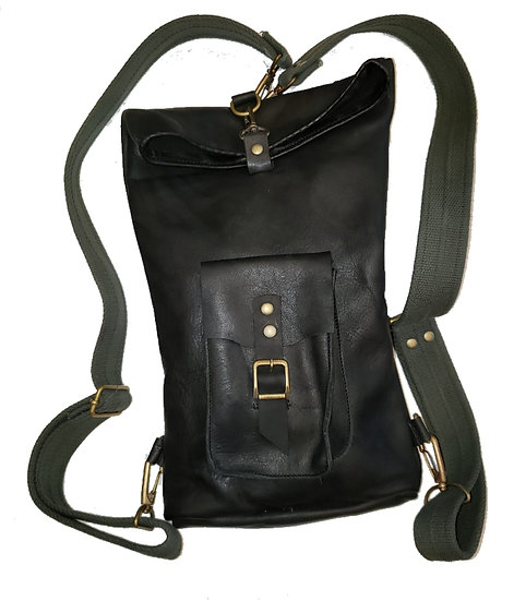 Mochila Pequeña Negra / Black Small Backpack