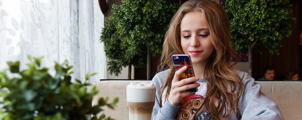 70% do tempo gasto na internet acontece a partir de telefones celulares