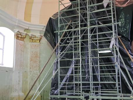 A Kászonújfalvi templom külső és belső helyreállítása