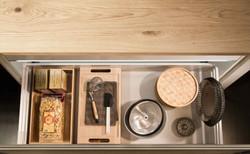 Cucina_moderna_cestone_legno