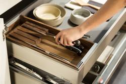 Cucina-Snaidero-cassetto-portacoltelli