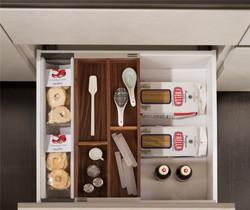 Cucina-Snaidero-cassetto-attrezzato-1