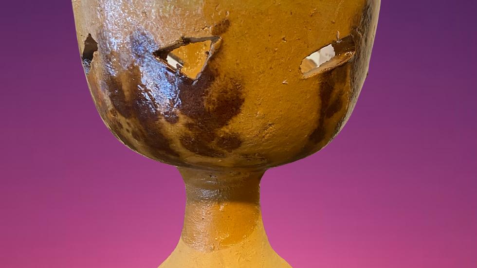 Large clay copalero