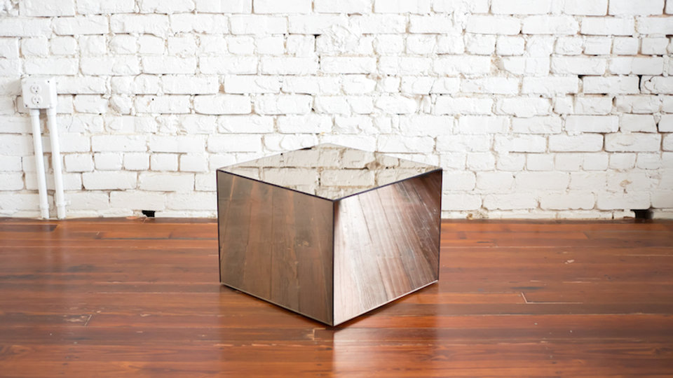 SMOKE MIRROR CUBE TABLE