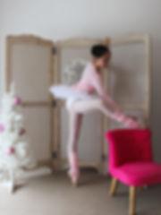 Offre de noël: Cache-coeur couleur au choix.Pour danseuse Classique, jazz, contemporain, danse de salon et autres...  Enfant à 21€80 au lieu de 25€00.  Adulte 23€80 au lieu de 27€00 Offre valable à Toulouse jusqu'au 25 décembre 2016.