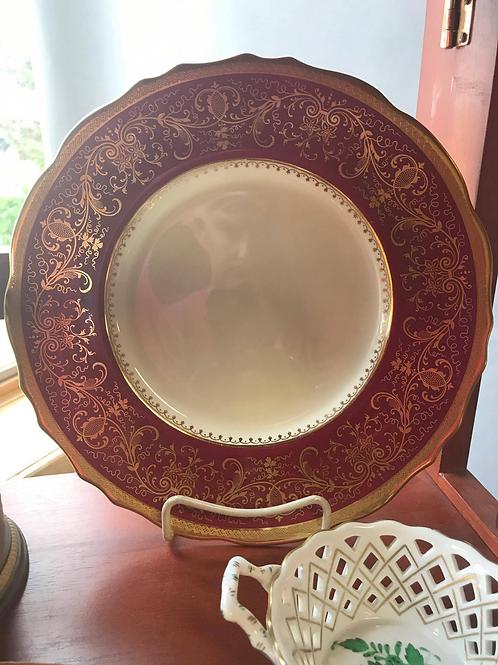Porcelain Service Plate Set