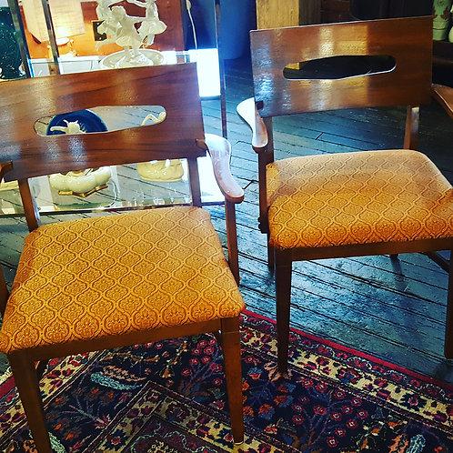 Mid Century/Modern Chairs