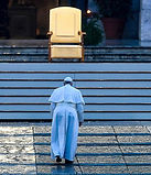 26500916-8160959-Pope_Francis_walked_alo