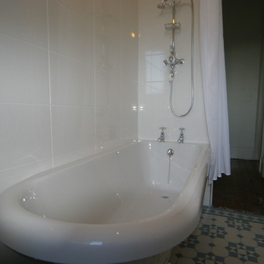 A traditional white bathroom
