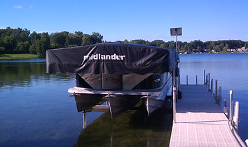 Midlander Pemium Boat Hoists Made in Michigan - Pontoon Bot Hoist with Winch and Canopy