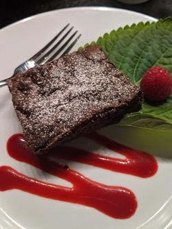 Brownie - Raspberry Sauce