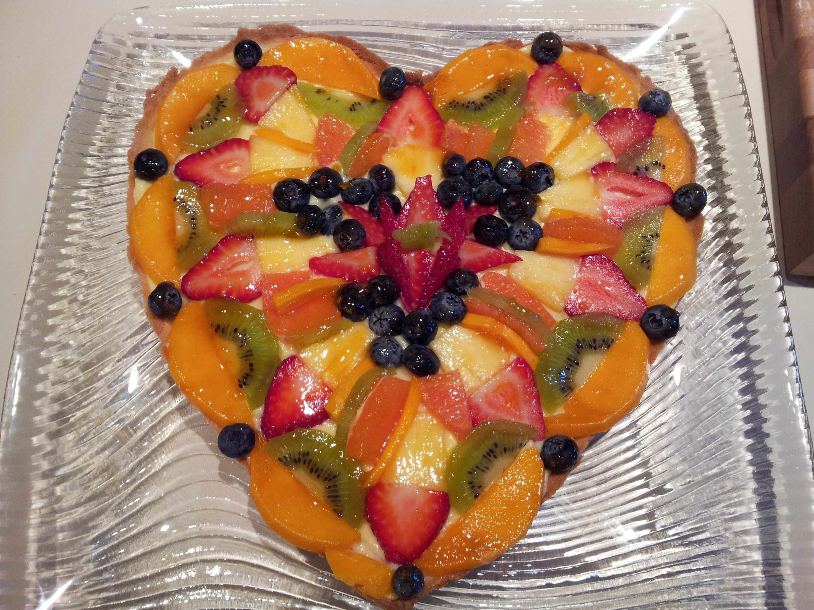 fruit heart tart